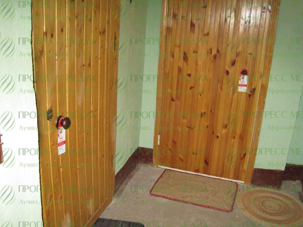Дорхенгеры. Рекламные крючки на ручки дверей.